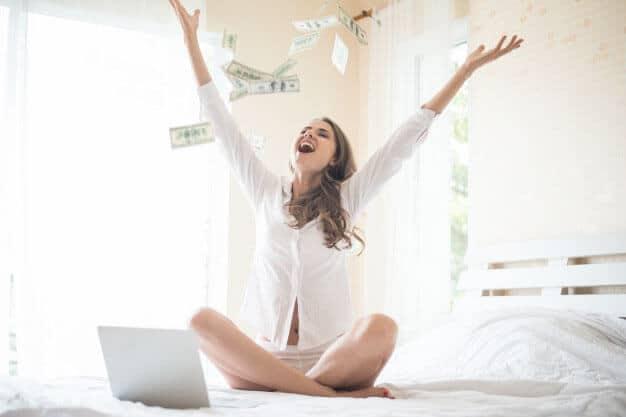 avalanche-money-falling-visualization-manifest