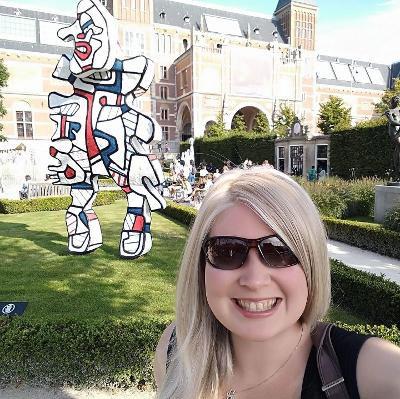 Joanne-Hendrickson-in-Amsterdam